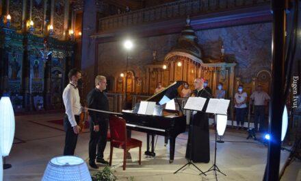 """""""Odă bucuriei"""" în Catedrala """"Sfântul Nicolae"""" din Oradea"""
