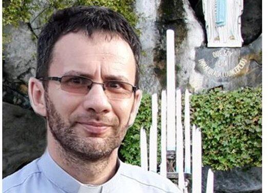 """INTERVIU CU PR. CRISTIAN F. SABĂU  DESPRE VOLUMELE  """"COLECŢIEI LOURDES"""""""