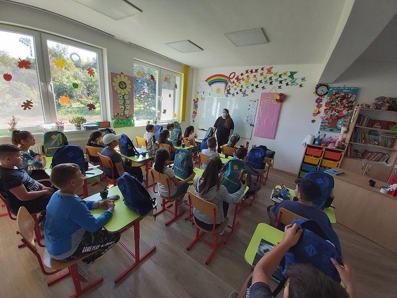 Caritas Eparhial – Rechizite pentru copii!