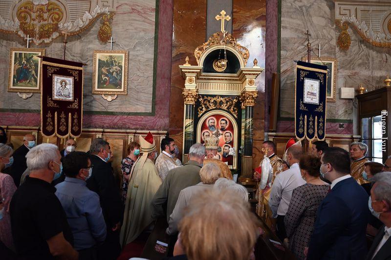 Altare dedicate Fericiților Episcopi Martiri în Catedrala din Oradea
