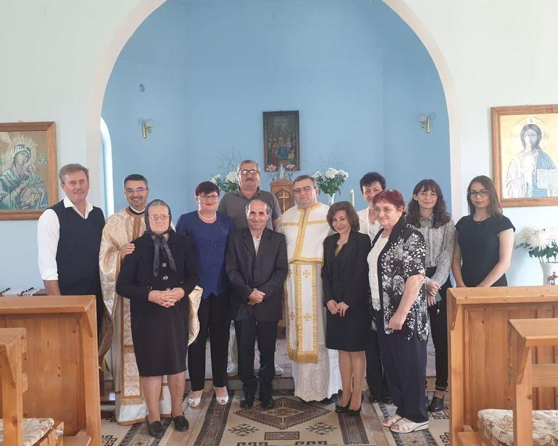 Parohia din Silvaș s-a bucurat de vizita părintelui vicar cu preoții