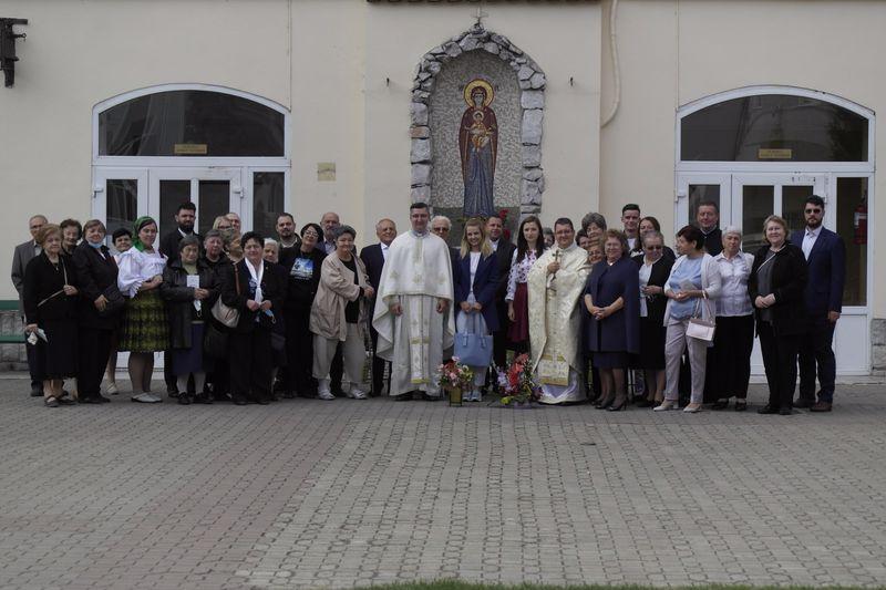 Părintele Eduard Fischer – Liturghia de încheiere a misiunii în Eparhia de Oradea