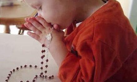 """""""Un milion de copii se roagă Rozarul"""" și în Eparhia de Oradea"""