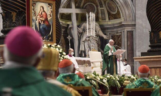 Papa Francisc: Sinodul, timp pentru a întâlni, a asculta și a discerne cu ajutorul Duhului Sfânt