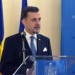 Ambasadorul României în Italia condamnă acțiunea unor români de-a purta tricolorul la manifestațiile împotriva certificatului verde
