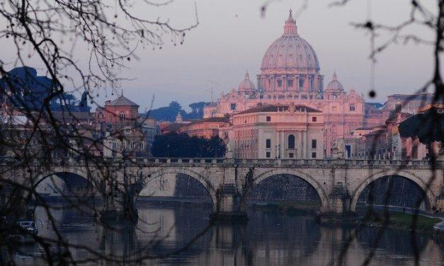 Clopotele bazilicii San Pietro au marcat centenarul sfârșitului Primului Război Mondial