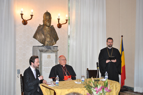 """Conferinta Cardinalului Leonardo Sandri la Colegiul Pontifical """"Pio Romeno"""" din Roma,"""