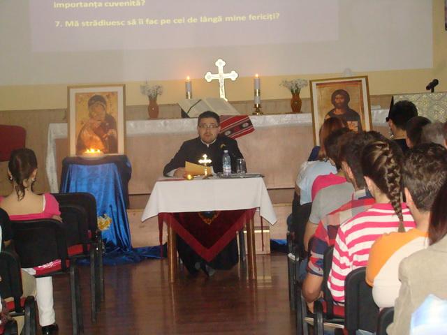 """Exercitii  spirituale pentru elevii claselor IX – XII de la Liceul Greco-Catolic """"Iuliu Maniu"""" din Oradea,"""