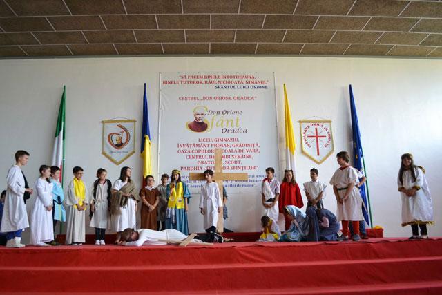 """Sarbatoarea Pastelui în familia """"Don Orione"""" din Oradea,"""