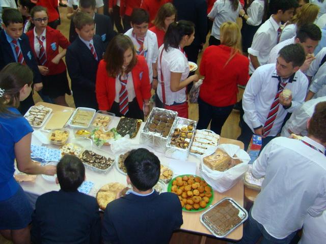 """Târgul Gastronomic la Liceul Greco-Catolic """"Iuliu Maniu"""" din Oradea,"""