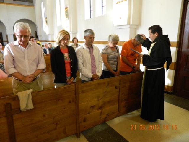 """""""Formarea primelor Comunitati Familiale de Evanghelizare la Manastirea Franciscana ,,Maica Domnului'' din Oradea"""","""