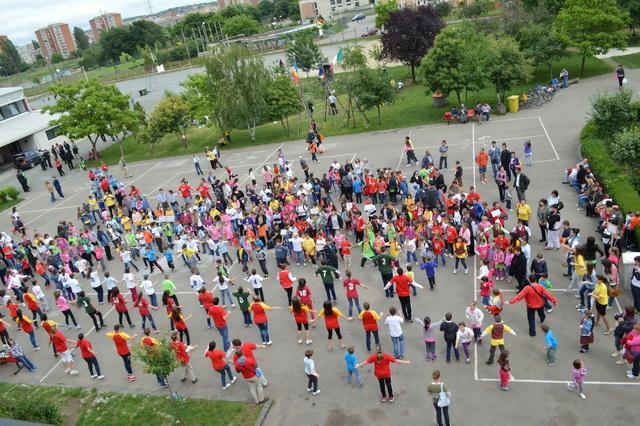 """""""Întâlnirea Eparhiala a Copiilor, la Liceul """"Don Orione"""" din Oradea"""","""