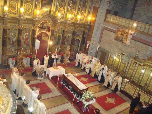 Parintele Octavian Moisin a fost înmormântat la Oradea,