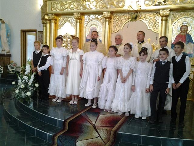 Prima Împartasanie solemna la Simleu Silvaniei,