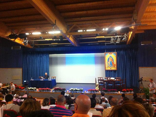 Cinci persoane au reprezentat România la cel de-al 7-lea Congres National al Comunitatilor Familiale de Evanghelizare din Italia,