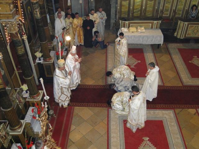 """Hirotonire de preoti în Catedrala """"Sfântul Nicolae"""" din Oradea,"""