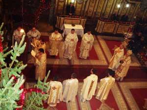 Sfânta Liturghie arhiereasca si sfintirea apei în Catedrala Sfântul Nicolae din Oradea,