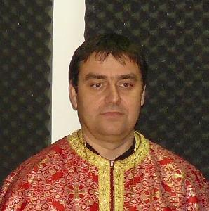 Pr. Valer Parau a devenit doctor în istorie,