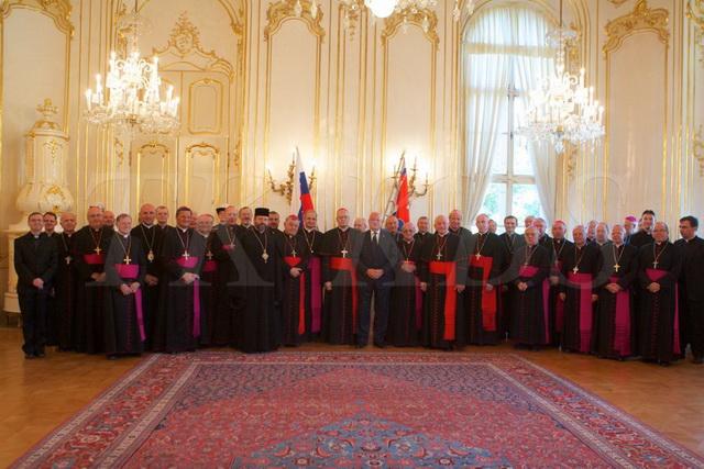 """""""Comunicat final al Adunarii Plenare a Consiliului Conferintelor Episcopale Europene (CCEE) Bratislava, Slovacia, 3-6 octombrie 2013"""","""