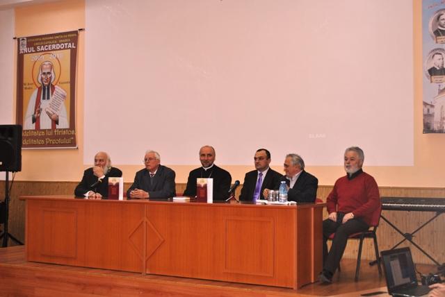 """Lansarea cartii: """"In honorem Blaga Mihoc"""" – în Aula Magna a Seminarului Greco-Catolic """"Sfintii Trei Ierarhi"""" din Oradea,"""