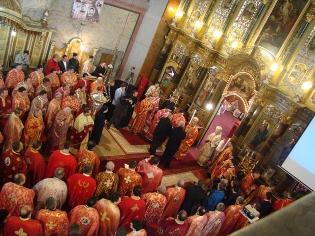Încheierea Anului Credintei în Eparhia de Oradea: Hirotonirea a sapte preoti si Sarbatoarea Asociatiilor,