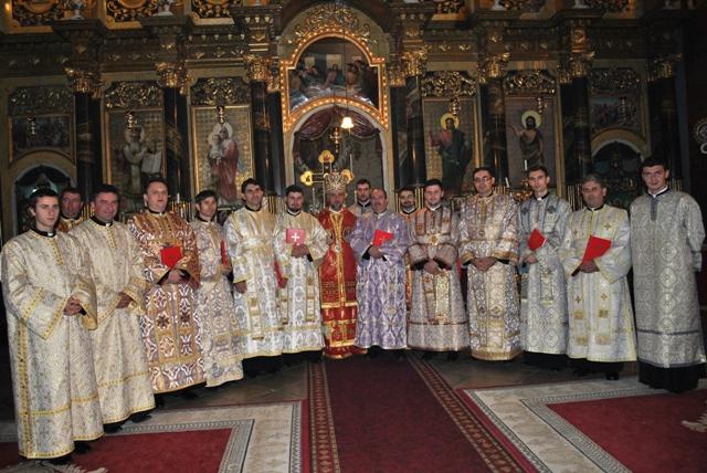 Hirotesiri la Catedrala Sfântul Ierarh Nicolae din Oradea cu ocazia sarbatoririi hramului.,