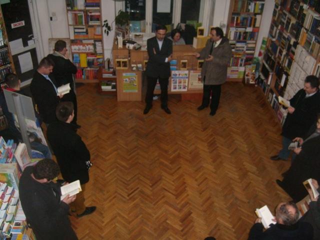 Lansare de carte la Libraria Gutenberg din Oradea,