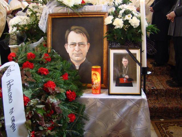 """""""Funeraliile parintelui Zorel Miclaus, Protopop de Marghita"""","""