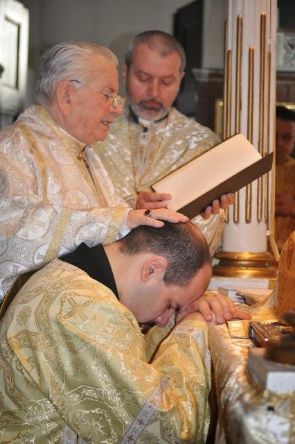 Hirotonire de preot în catedrala Lugojului,