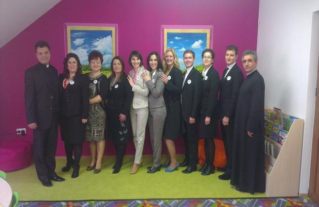 """S-a inaugurat la Oradea Centrul pentru copii cu dizabilitati """"Sfântul Nicolae"""" – Pyramid Learning Center,"""