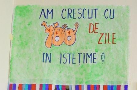 """Elevii clasei Pregatitoare A de la Liceul Greco-Catolic """"Iuliu Maniu"""" au împlinit 100 de zile de scoala,"""