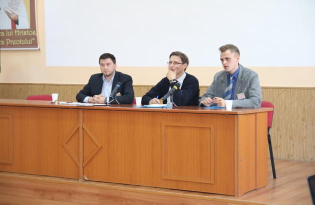 Sesiune de comunicari stiintifice studentesti la Seminarul din Oradea,
