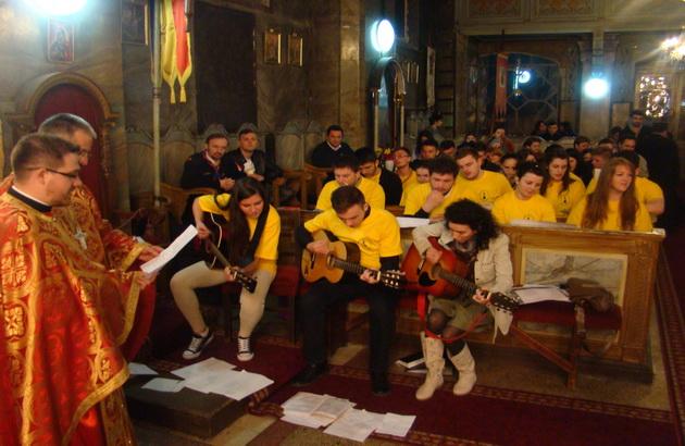 Liturghia tinerilor în Biserica Seminarului,