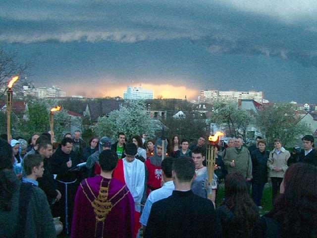 Calea Crucii pe Dealul Ciuperca din Oradea,
