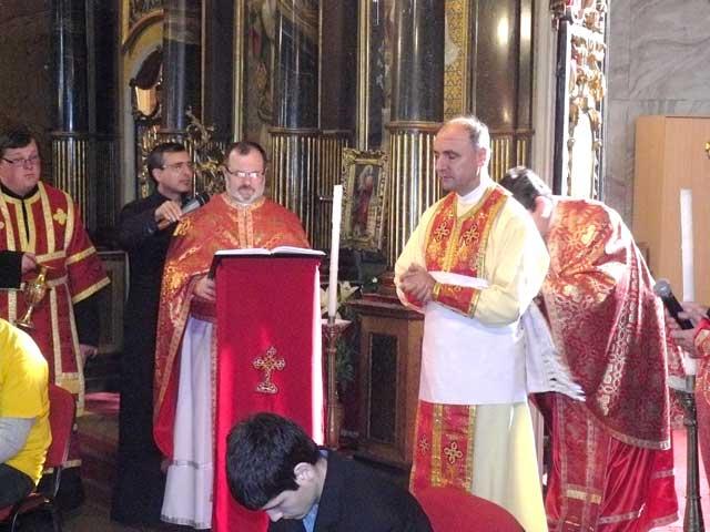 Slujba spalarii picioarelor în Catedrala Sfântul Nicolae,