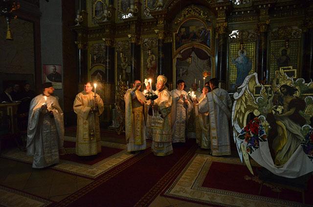 Slujba Învierii Domnului la Catedrala Sfântul Nicolae din Oradea,
