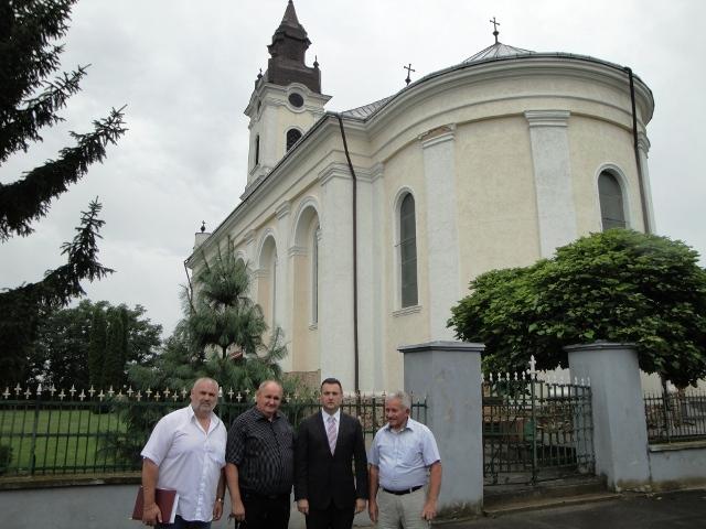 Consulul general Florin Vasiloni în vizita la Leta Mare (Letavertes),