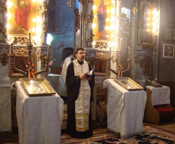 Noul Vicar Episcopal cu preotii al Eparhiei de Oradea,