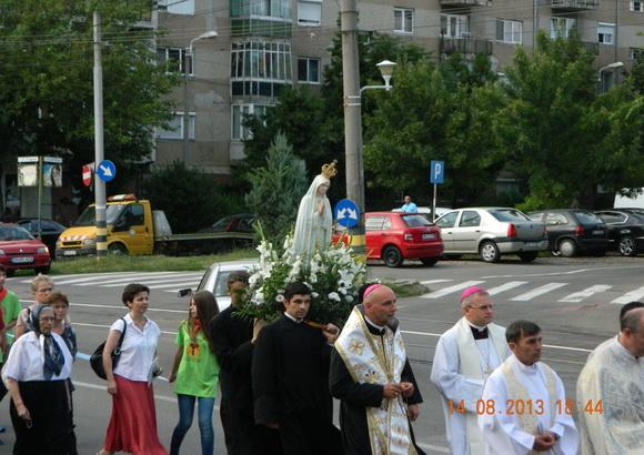 """""""Manastirea """"Maica Domnului"""", învaluita în rugi si cântari închinate Fecioarei Maria"""","""