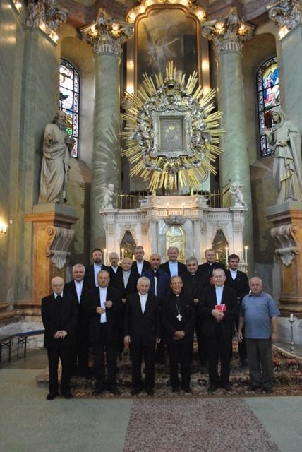 Vizita episcopilor romano-catolici si greco-catolici din România la Maria Radna,