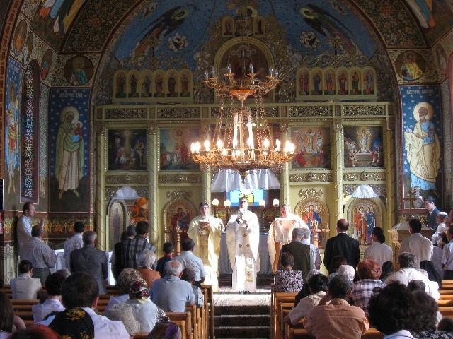 În biserica din Bocsa s-a oficiat prima Liturghie greco-catolica dupa 62 de ani,