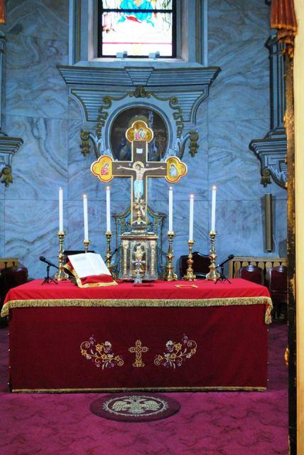 """24 de ore de rugaciune si adoratie la Catedrala """"Sfântul Nicolae"""","""