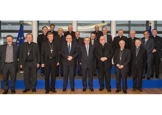"""""""Episcopii catolici la Bruxelles, prezidiu COMECE 2015-2018"""","""