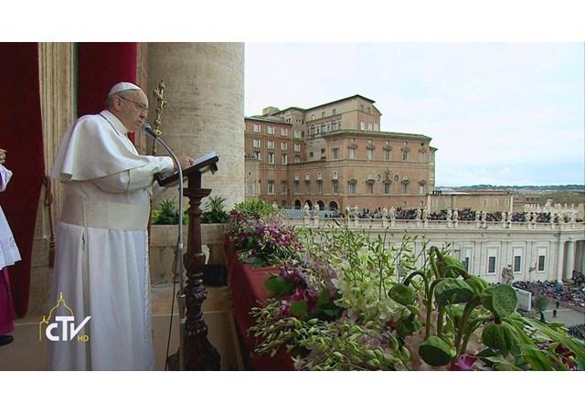 """""Pace voua!"": papa Francisc, în mesajul de Pasti ""Urbi et Orbi"""","