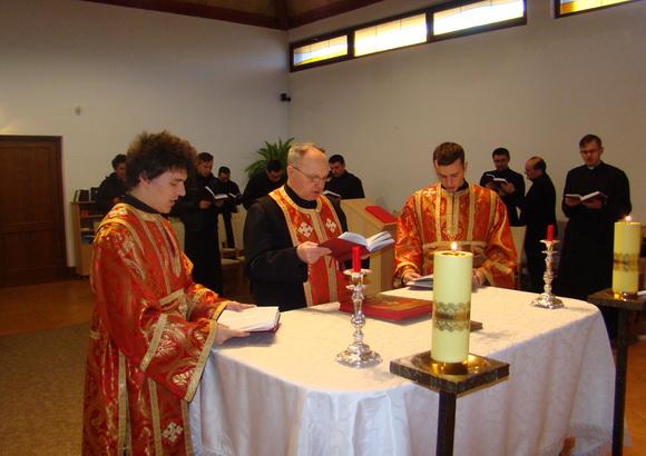 Razboiul nevazut din post: Exercitii spirituale pentru seminaristii oradeni,