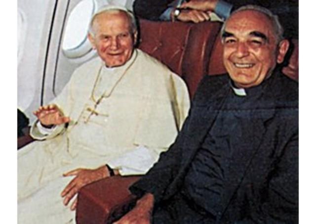 """""""A trecut la Casa Domnului, Cardinalul Roberto Tucci"""","""