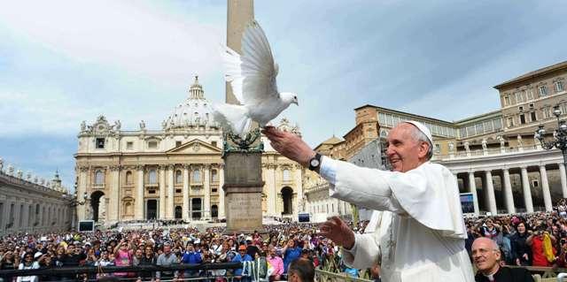 Rusaliile. Papa Francisc: lumea are nevoie de darurile Duhului Sfânt,