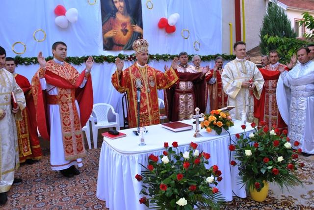 """Hramul manastirii """"Preasfintei Inimi a lui Isus"""" din Zalau,"""
