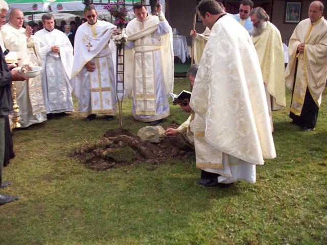 """""""Sfintirea pietrei de temelie a viitoarei biserici din Marca, judetul Salaj"""","""