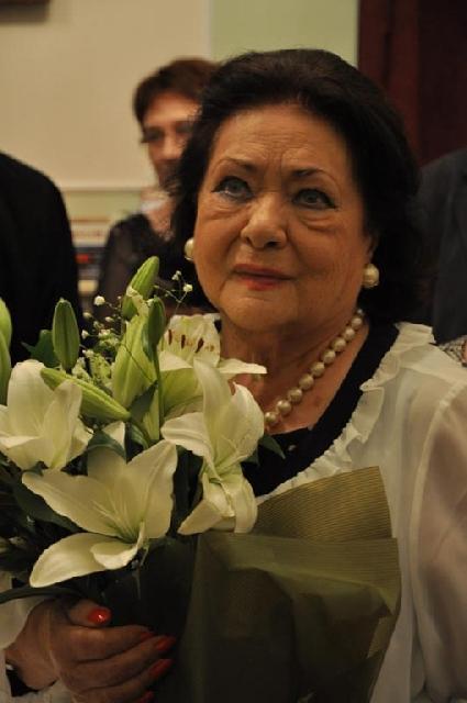 Mesajul doamnei Virginia Zeani adresat românilor dupa incidentul din Bucuresti,